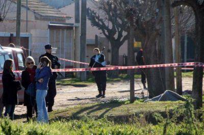 Necochea conmocionada por el quíntuple crimen y suicidio en el Barrio Fonavi