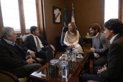 Vidal se reuni� con senadores por el Fondo del Conurbano