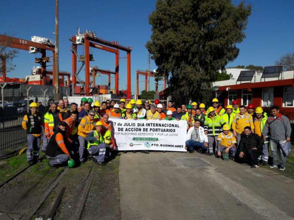 Guincheros argentinos se sumaron al Día Internacional del Portuario