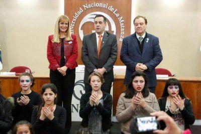Alejandro Finocchiaro y Verónica Magario en la UNLaM