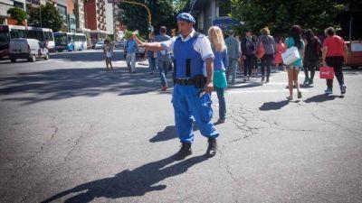 La Policía Local busca adquirir grúas y un predio de secuestros de autos