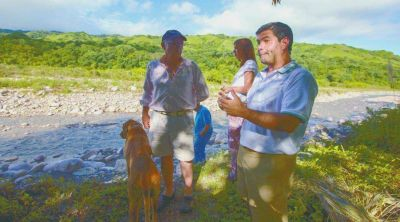 Lesser: denuncian que les vendieron lotes en zona inundable