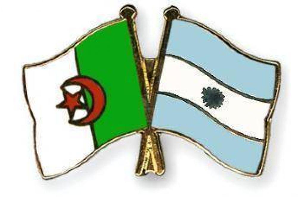 Presidente de Argelia felicita a su par argentino