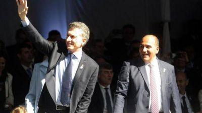 Manzur propone un relanzamiento de su gestión luego del exitoso Bicentenario