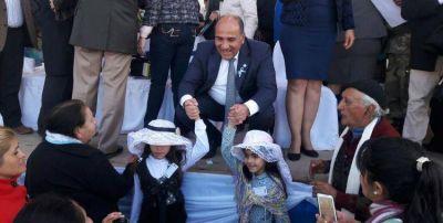 Manzur se unió a los festejos por el Bicentenario en Famaillá