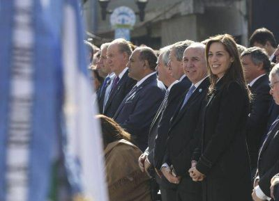 María Eugenia Vidal acompañó al presidente Mauricio Macri en los actos por el Bicentenario