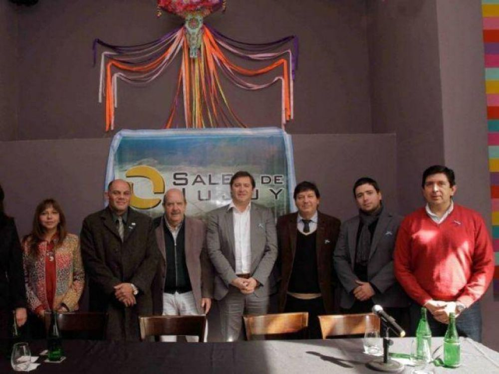 AOMA Y SALES DE JUJUY FIRMARON NUEVO CONVENIO COLECTIVO DE TRABAJO