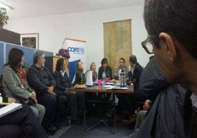 AMBIENTE: UNA NUEVA ETAPA DE PARTICIPACI�N FEDERAL