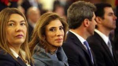La Gobernadora participo del acto del Bicentenario de la Argentina