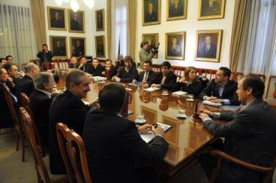 El Gobierno avanza en la implementación de un Legajo Único de Personal
