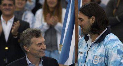 Macri entregó bandera a Scola y deseó suerte a delegación argentina