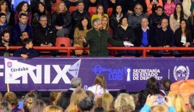 El gobernador presidió la inauguración del Argentino de Maxibásquet Femenino