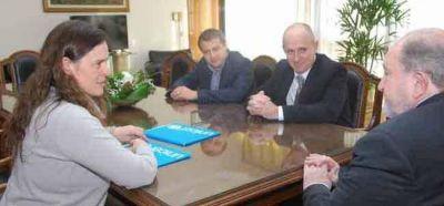 El Gobierno provincial firmó convenio con UNICEF