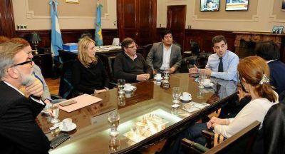 Ritondo con diputados provinciales del FPV-PJ y Cambiemos