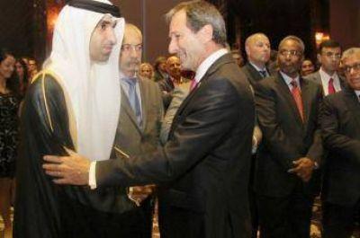 El embajador argentino en Emiratos destaca el Bicentenario de la Independencia de su pa�s