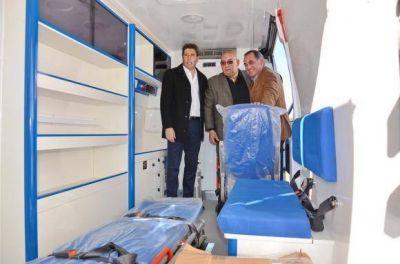 Ullum recibió la ambulancia prometida por la provincia
