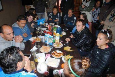 Juan Curuchet en emotiva despedida a los deportistas marplatenses que van a los Juegos Olímpicos