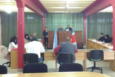 Escándalo y denuncia por corrupción en el gremio municipal de Añatuya