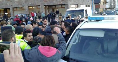 Procesaron a 6 gremialistas por la agresión al Vicegobernador y otros hechos de violencia