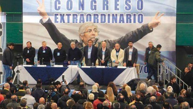 Moyano prorroga mandato y se robustece el consenso por un trío en CGT de unidad