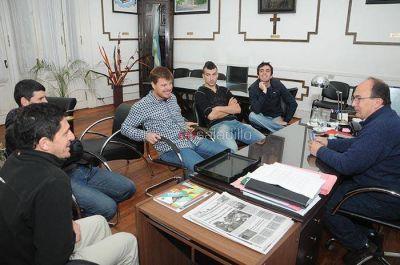 Reunión con el Intendente Salomón por actividades deportivas