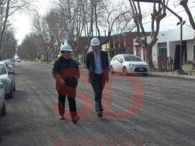 SALOMÓN RECORRIÓ LA OBRA DE REPAVIMENTACION DE LA RIVADAVIA