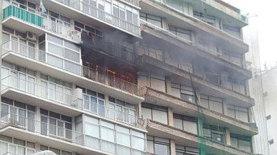 Un incendio caus� alarma en pleno centro