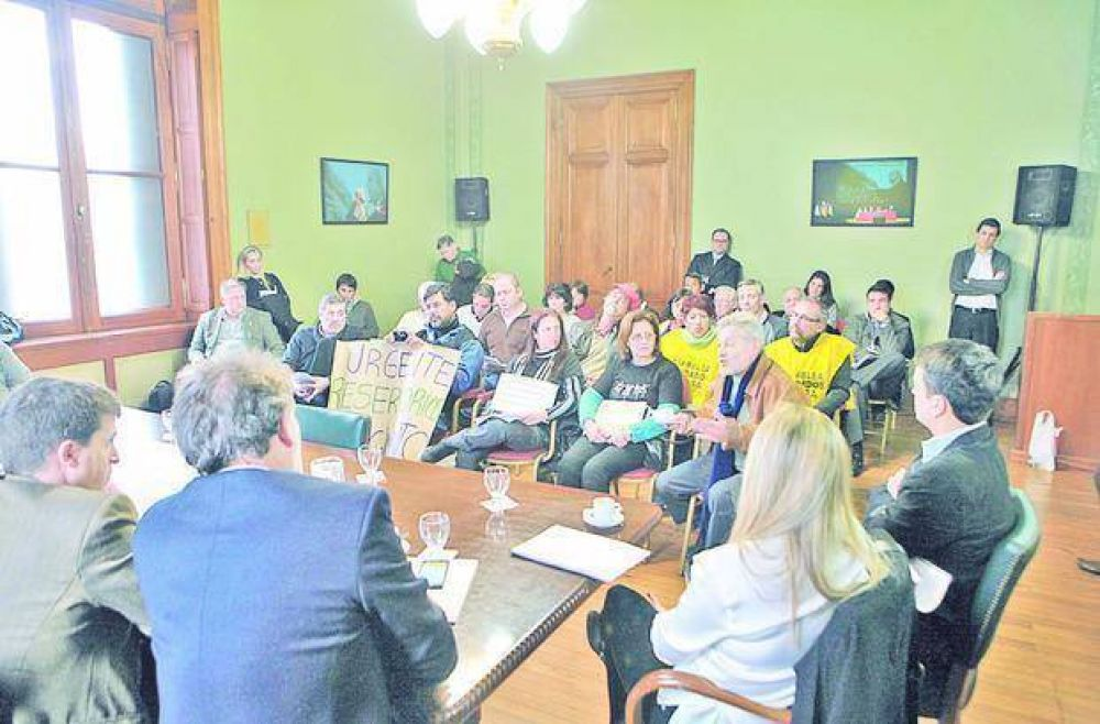 El Ejecutivo provincial dio explicaciones por las demoras y se comprometió a reactivar los trabajos