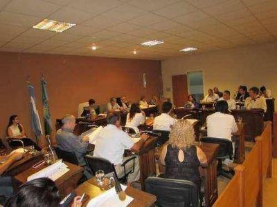 Rinoscopía: fuerte cruce por el proyecto presentado por Petruccelli