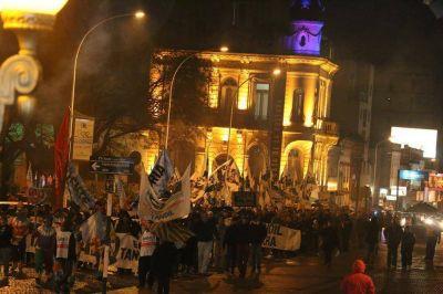 Masiva movilización contra el tarifazo en la ciudad