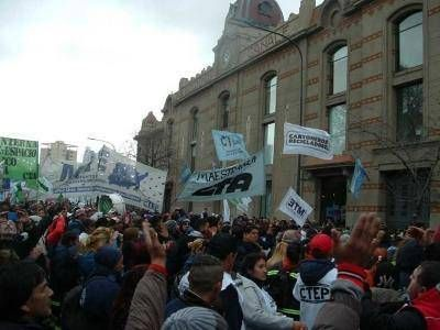 Más de 6000 cartoneros porteños denunciaron la privatización del sistema de reciclado