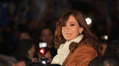 En Tribunales analizan la posible detención de Cristina Fernández después de la feria
