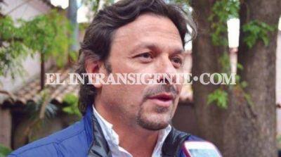 Gustavo S�enz se mostr� enojado con la intenci�n de algunos diputados