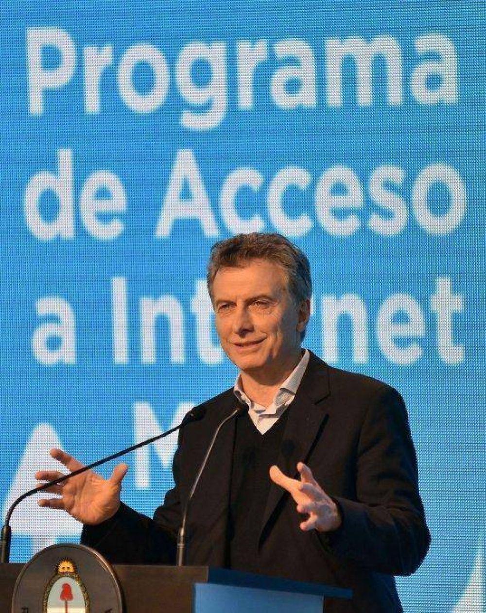 Macri se enojó por la austera presentación y la fuerte calefacción en el CCK