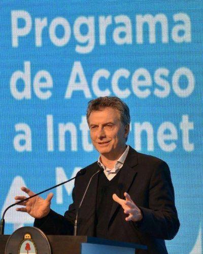 Macri se enoj� por la austera presentaci�n y la fuerte calefacci�n en el CCK