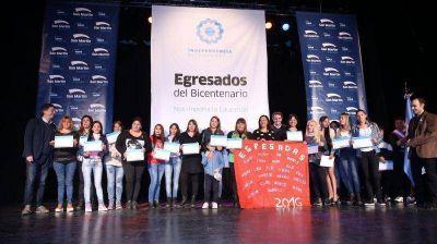 Katopodis acompañó a 700 alumnos que egresaron a través del Plan Fines 2