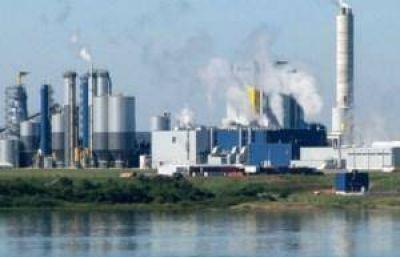 Cruce con Uruguay por la instalación de una nueva papelera en el país vecino