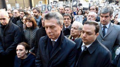 AMIA: Macri prometió apoyo oficial para avanzar con la causa