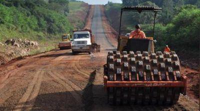 M�s del 80% de avance en la obra de asfaltado de la Ruta 8