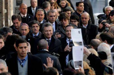 Con la presencia de Macri, la AMIA recordó a las víctimas del atentado
