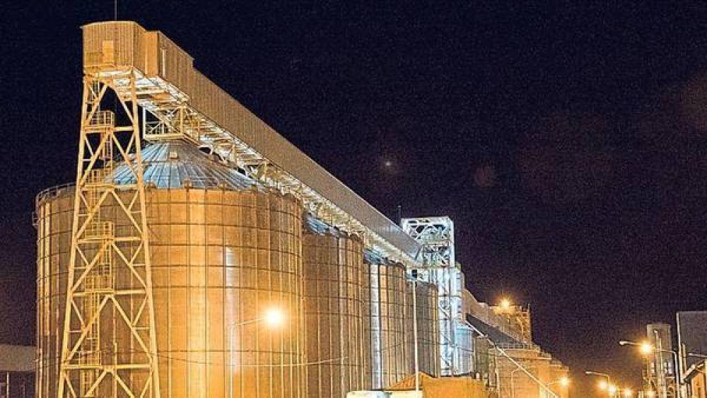El paro de los transportistas de cargas, con alto impacto en los puertos de Bahía Blanca