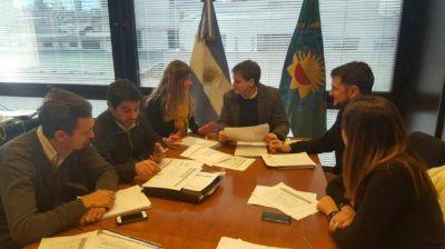 Por futuras obras, Aprile se reunió con Campbell en La Plata