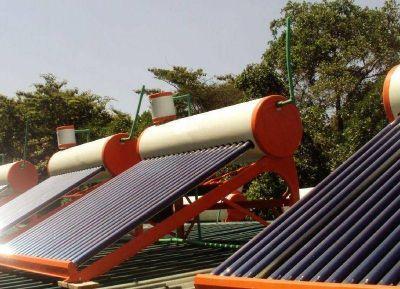 Foglia impulsa la utilización de calefones solares en la Provincia