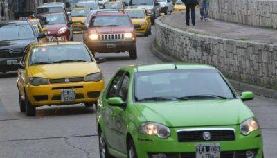 Taxistas analizan si se suman al pago electrónico de viajes
