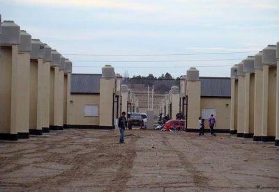 Verna adjudicó la construcción de 57 viviendas en Santa Rosa
