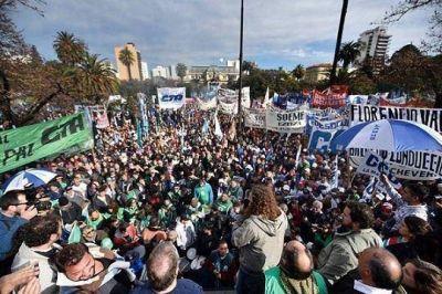 ATE rechaza aumento de Vidal y se confirma como gremio mayoritario