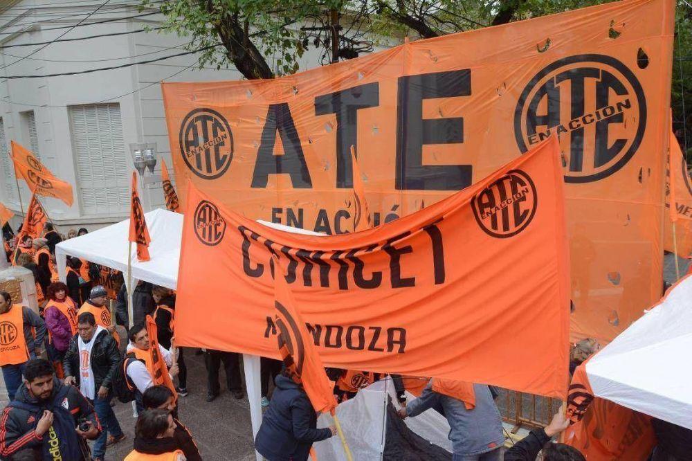 "Pese al ""no"" oficial, ATE pide rediscutir salarios"