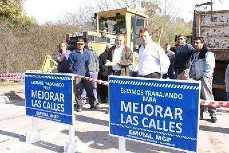 Qued� inaugurado el nuevo pavimento de V�rtiz desde Ruta 88 hasta Polonia