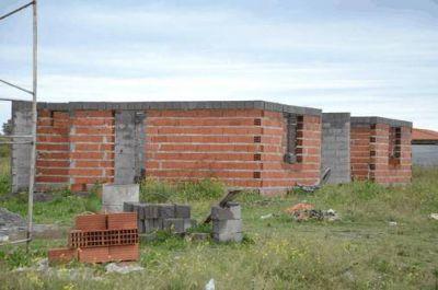 El Instituto de la Vivienda mantiene 268 casas proyectadas en Olavarría: el 59% está paralizado