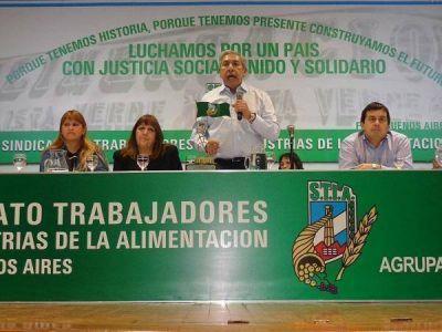 Rodolfo Daer asumi� la conducci�n del Sindicato de Alimentaci�n y pidi� por la unidad de la CGT